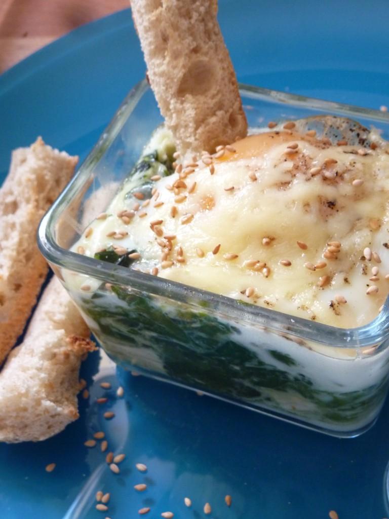 Oeuf cocotte épinard , sauce curry au lait d'amande. - Blogs de ...