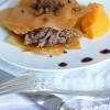 Millefeuille de canard aux épices et aux éclats de châtaignes